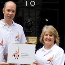ClubManager delivery the NoVAT4Gyms petition to No.10